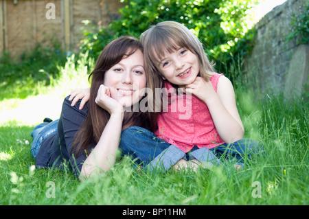 Porträt der glückliche Mutter und Kind - Stockfoto