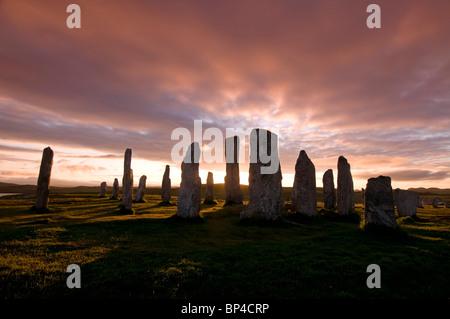 Sonnenuntergang über der Callanish Standing Stones Calanais, Isle of Lewis äußeren Hebriden, Schottland. SCO 6271 - Stockfoto