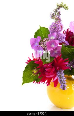 garten blume bouquet mit hydrangea kosmos und andere stockfoto bild 30844746 alamy. Black Bedroom Furniture Sets. Home Design Ideas
