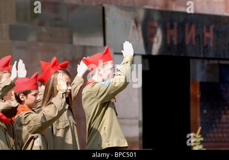 Zulassung für neue Pioniere Zeremonie in Moskau - Stockfoto