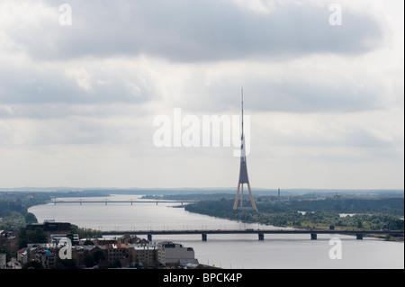 Schöne Fernsehturm in Riga. Lettland - Stockfoto
