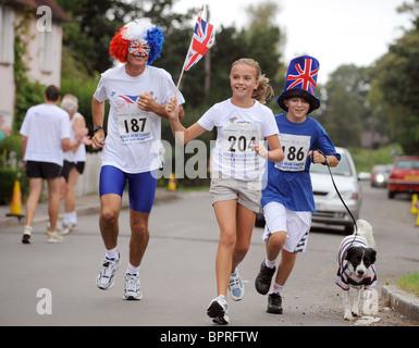 Konkurrenten auf der jährlichen Kings Head Canter. Ein Lauf zwischen den Dörfern Chiddingly und East Hoathly. Bild - Stockfoto