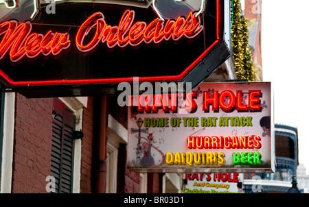 Neon-Schilder im French Quarter von New Orleans, Louisiana, USA - Stockfoto
