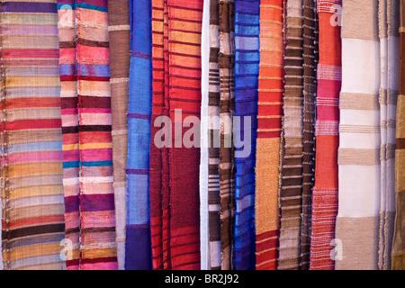 marokkanische teppiche teppich teppiche marokkanischen teppiche teppich teppiche souvenirs. Black Bedroom Furniture Sets. Home Design Ideas