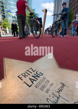 Neuen Boulevard der Stars eröffnet eine spezielle Boulevard-Hommage an Filmstars am Potsdamer Platz in Berlin 10. - Stockfoto