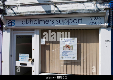 Alzheimers Unterstützung Veranstaltungsort in einer englischen Kleinstadt - Stockfoto