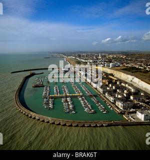 Luftaufnahme von Brighton Marina, Brighton, Sussex, England, Vereinigtes Königreich, Europa - Stockfoto