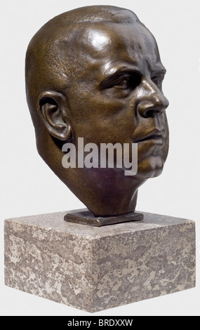 Ferdinand Liebermann (1883 - 1941), ein Bronzepräsident - Max Amann Expressive Darstellung des Präsidenten der Reichspressekammer. - Stockfoto