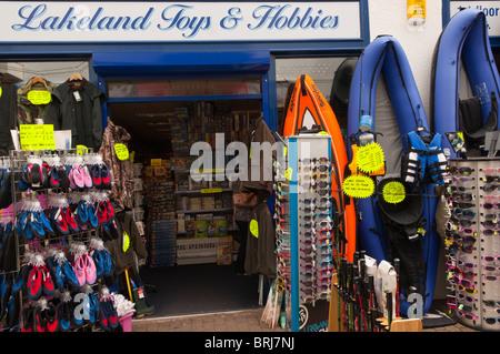Der Lakeland Spielzeug & Hobbys Shop speichern in Keswick, Cumbria, England, Großbritannien, Uk - Stockfoto