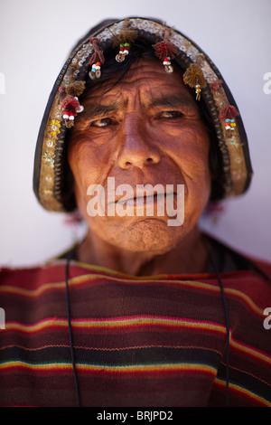 ein Mann auf dem Markt von Tarabuco, Bolivien - Stockfoto