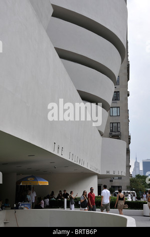 Solomon R. Guggenheim Museum, New York, USA - moderne und zeitgenössische internationale Kunst-Museum. - Stockfoto