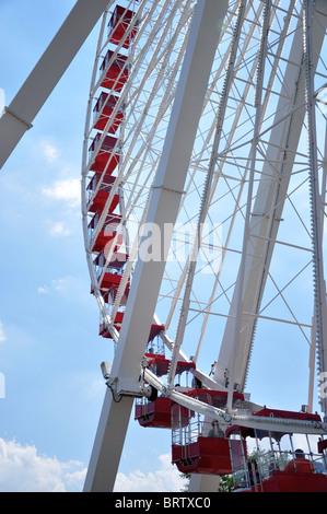 Riesenrad am Navy Pier Chicago - Stockfoto