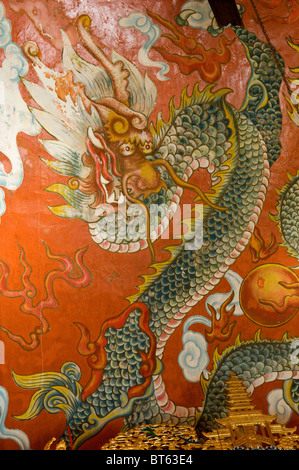 Tian Tan Tempel Hongkong Detail Drachen Malerei Geist - Stockfoto