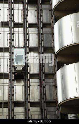Fahrkorb, Lloyd Bau, London, England, Vereinigtes Königreich - Stockfoto