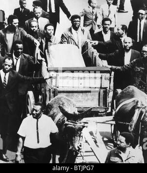Trauerzug für Dr. Martin Luther King Jr., Memphis, Tennessee, 3. April 1968. - Stockfoto