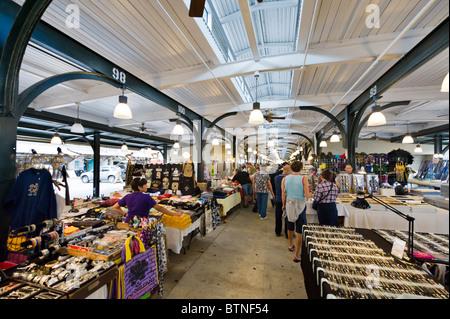 Flohmarkt und Farmer es Markt, Französisch Marktviertel, Französisch Quarter, New Orleans, Louisiana, USA - Stockfoto