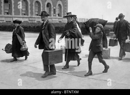 Vintage Foto ca. 1907 der Einwanderer auf Ellis Island in New York. - Stockfoto