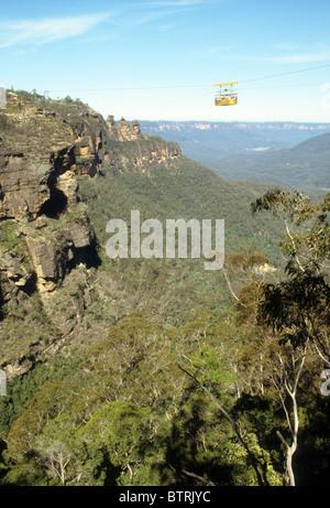 Luftseilbahn Blue Mountains oz Australien touristische Attraktion hoher Nervenkitzel Waldblick - Stockfoto