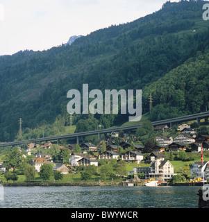Autobahn Becken Schilf Bergen Häuser Wohnungen Kanton Nidwalden