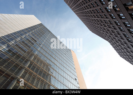 Quartier Daimler (links) und Kollhoff tower (rechts) am Potsdamer Platz in Berlin, Deutschland - Stockfoto