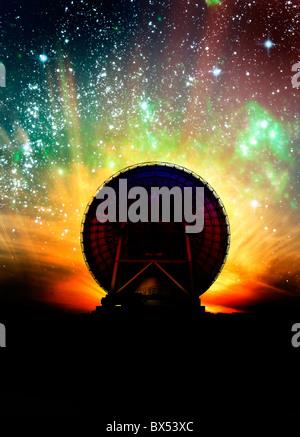Radioteleskop und Nachthimmel, artwork - Stockfoto