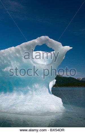 Eisberge hinzufügen ein Gefühl der Zeitlosigkeit, die atemberaubende Landschaft der oberen Pedersen Lagune in Kenai - Stockfoto