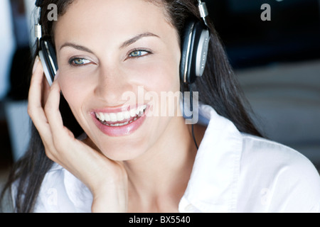 Anhören von Musik - Stockfoto