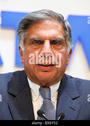 Ratan N. Tata während dem 79. internationalen Autosalon in Genf, Dienstag, 3. März 2009.  (CTK Foto/Rene Fluger) - Stockfoto
