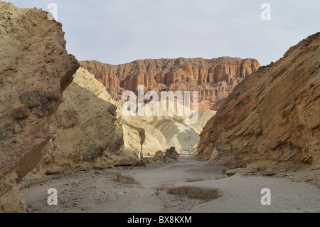 Golden Canyon Trail führt zu Zabriskie Point über Gower Gulch. Death Valley Nationalpark - Stockfoto