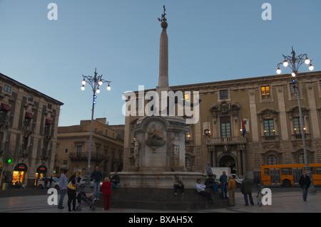 Fontana dell'Elefante Brunnen, Piazza del Duomo Platz Catania-Sizilien-Italien-Europa - Stockfoto
