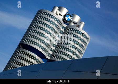Sitz der BMW AG, München, Bayern, Deutschland, Europa - Stockfoto