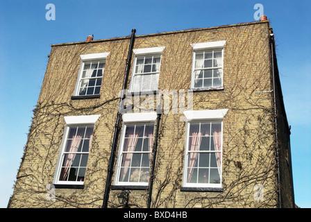 Flachdach-zweistöckige georgianischen Stadthaus Ely Cambridgeshire UK - Stockfoto