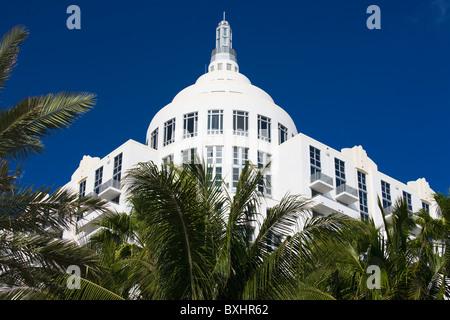 Art-Deco-Architektur Loews Hotel St Moritz Hotel in Collins Avenue, South Beach, Miami, Florida, Vereinigte Staaten - Stockfoto
