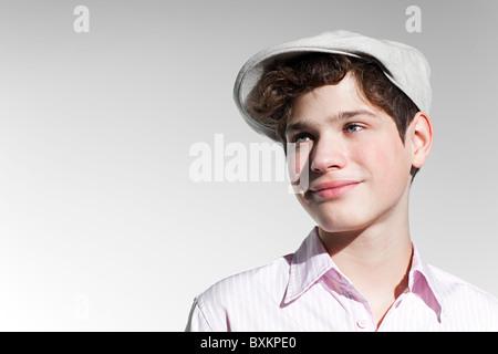 Junge mit einem flachen Mütze - Stockfoto