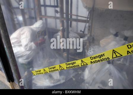 Asbestsanierung-England-Großbritannien - Stockfoto