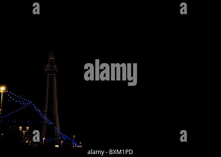 Blackpool Tower leuchtet Nordpier - Stockfoto