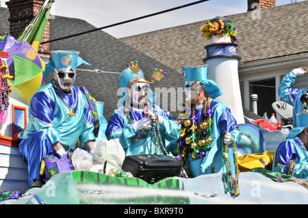 White Russian' (Art des Getränks) Auftrieb im Krewe von Thoth Parade, Karneval 2010, New Orleans, Louisiana - Stockfoto