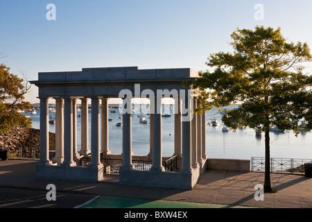Pilger-Denkmal, Heimat des Plymouth Rock in Plymouth Massachusetts - Stockfoto