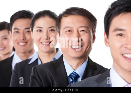 Team von Geschäftspartnern in einer Reihe - Stockfoto