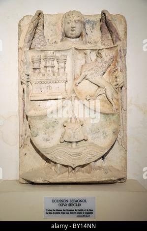 Spanische Wappen des 13. Jahrhunderts von den Castille Kings of Leon und Abbaye de Fontenay Burgund Frankreich - Stockfoto