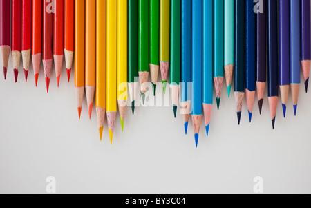 Reihe von bunte Bleistifte - Stockfoto
