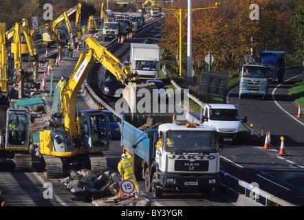 durchschnittliche Geschwindigkeit Kameras auf Baustellen und Upgrade der M621 Autobahn in die Stadt Leeds Yorkshire - Stockfoto