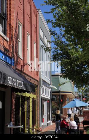 Georgia Gainesville Kreisstadt Stadt Straße Geschäftsviertel speichern Gebäude shopping Bürgersteig Café im Freien - Stockfoto