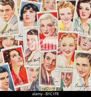 Die Karten des Spielers Zigarette - Stockfoto