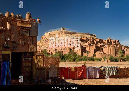 ansicht des alten ksar befestigte stadt mit kasbah ait benhaddou souss massa draa marokko. Black Bedroom Furniture Sets. Home Design Ideas