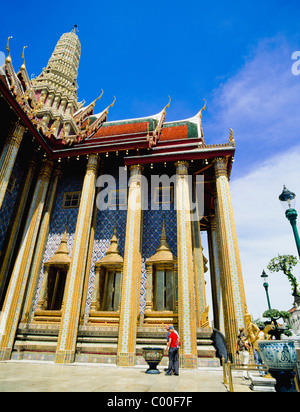 Tourist im Wat Pho - Stockfoto