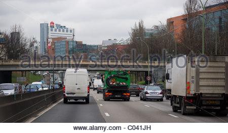 Autos Verkehr fahren Peripherique - Paris Frankreich - Stockfoto