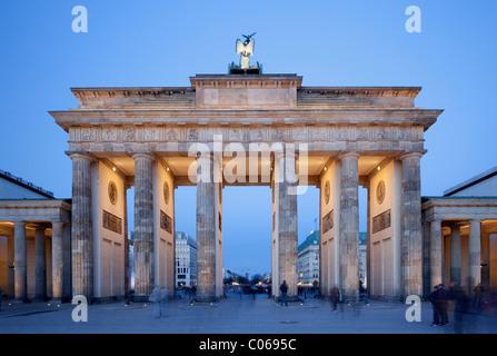 Brandenburger Tor, Pariser Platz Platz, Berlin-Mitte, Berlin, Deutschland, Europa - Stockfoto