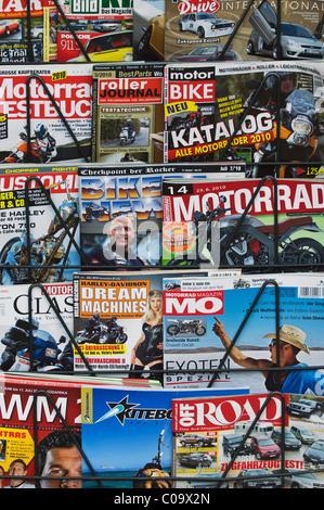 Motorsport Magazin auf Zeitung stehen, Deutsche Ausgaben - Stockfoto