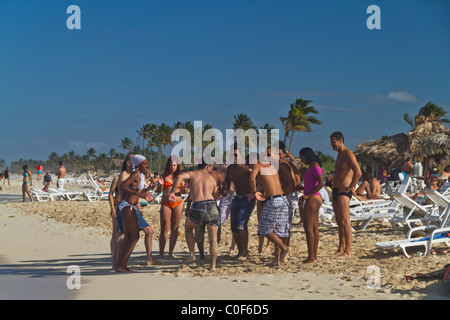 Teenager in Playa del Este, Santa Maria Del Mar, in der Nähe von Havanna Kuba - Stockfoto